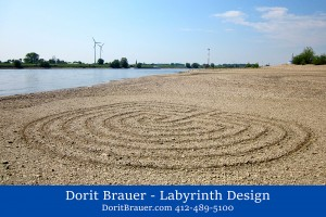 Share-Dorit-Rhine-Labyrinth